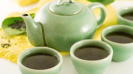 O chá verde é um excelente desintoxicante