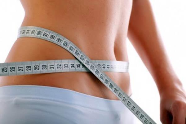 Uma alimentação balanceada e atividade física regular é fundamental para emagrecer com saúde